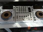 DJ Pioneer CDJ-2000 Nexus Set: 2x CDJ-2000NXS-M, 1x DJM-900NXS-M